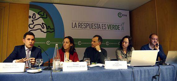 Mesa ponentes