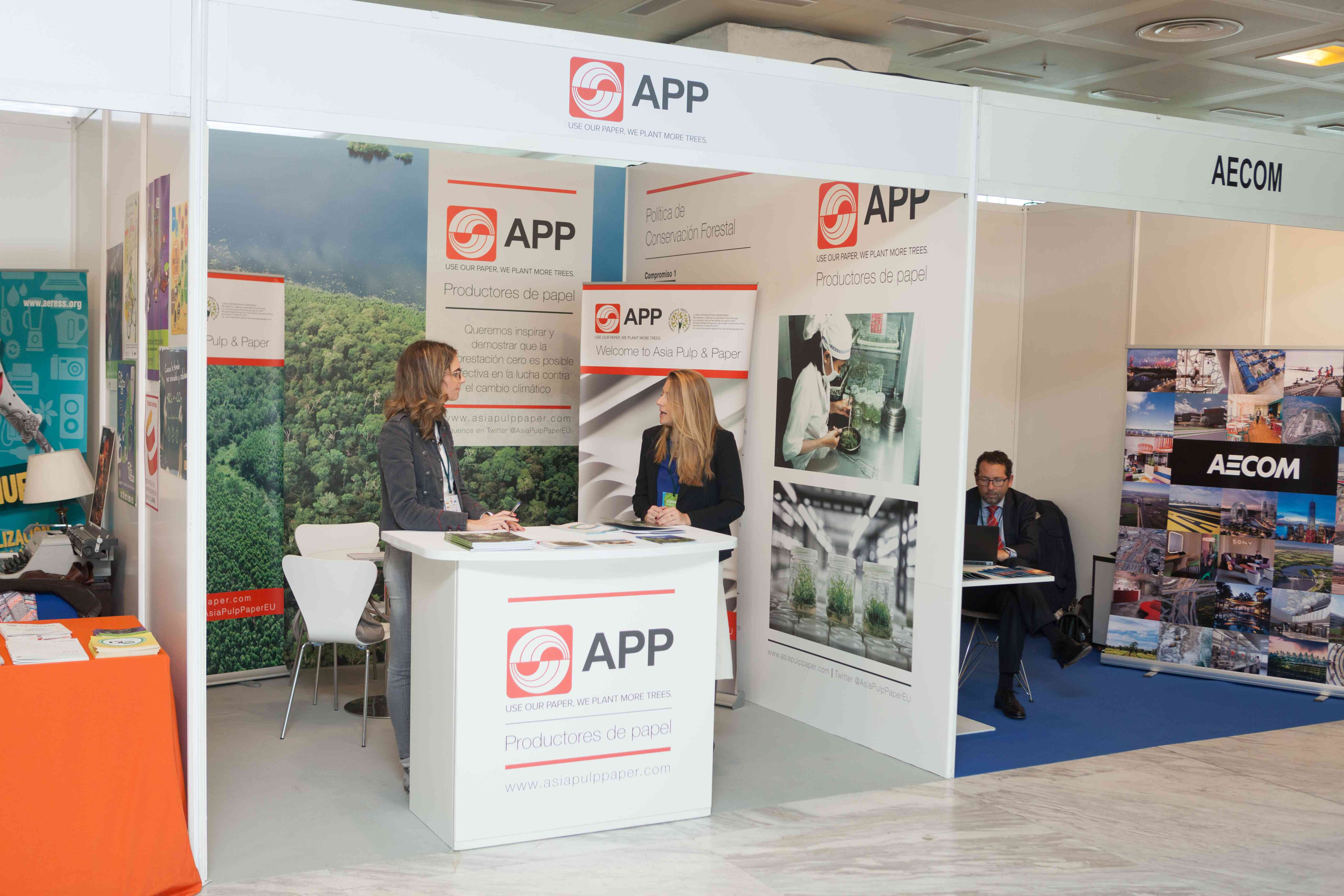 Stand Asia Pulp and Paper 1